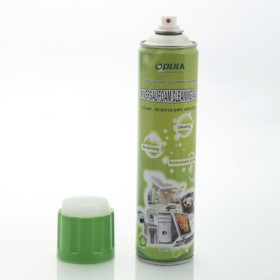 Universal foam cleaner