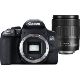 Canon EOS 850D DSLR camera with 18-135 mm lens